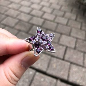 Jewelry - NWOT sparkly purple star ring